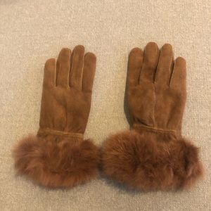 Suede and real fur size small gloves